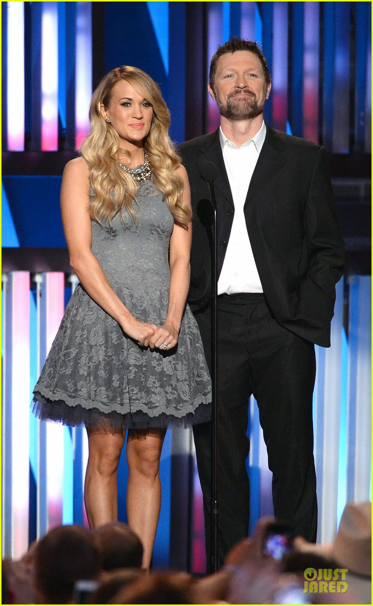 carrie underwood salute the troops 183086783