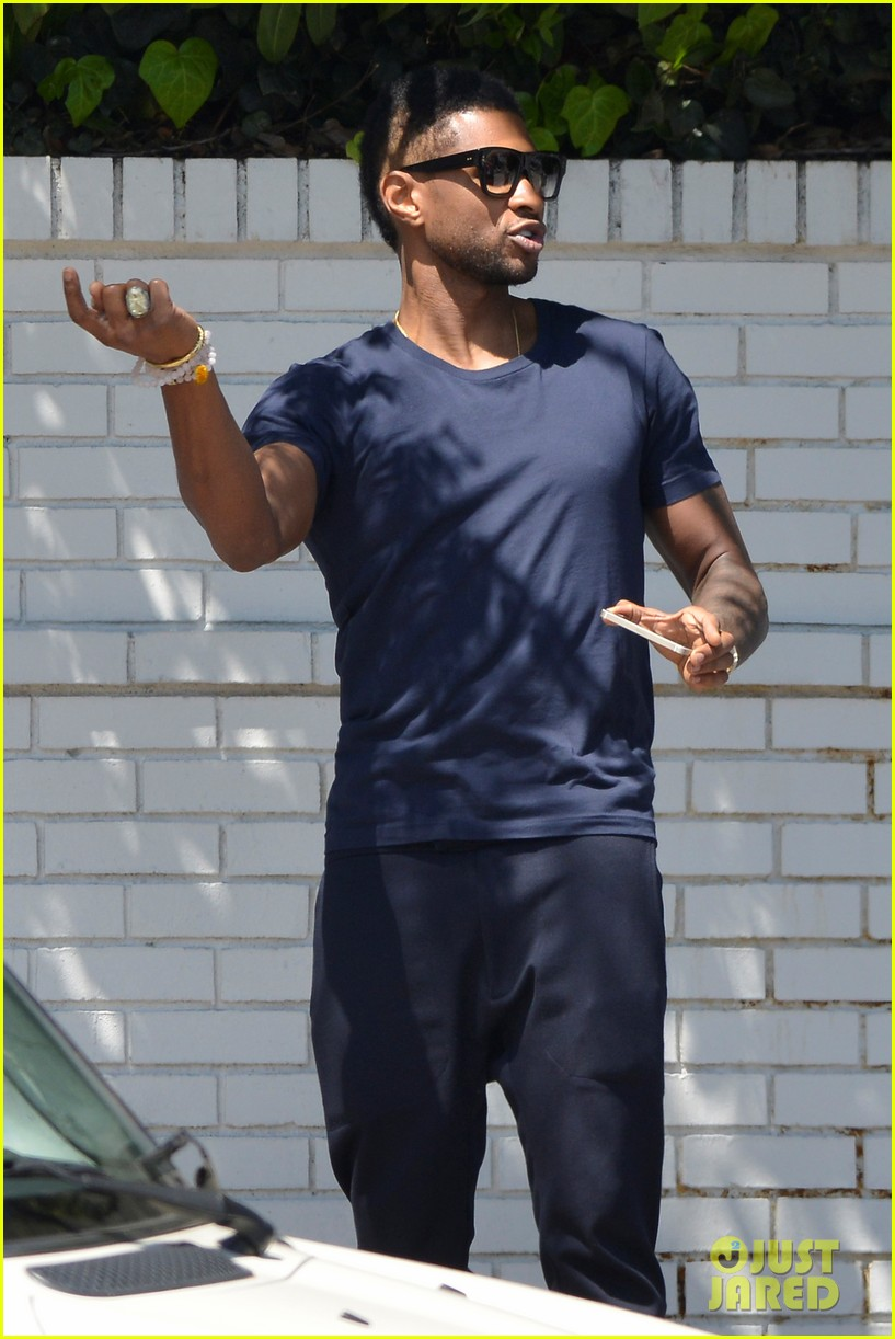 usher picks his the voice team headed to live shows 143093398