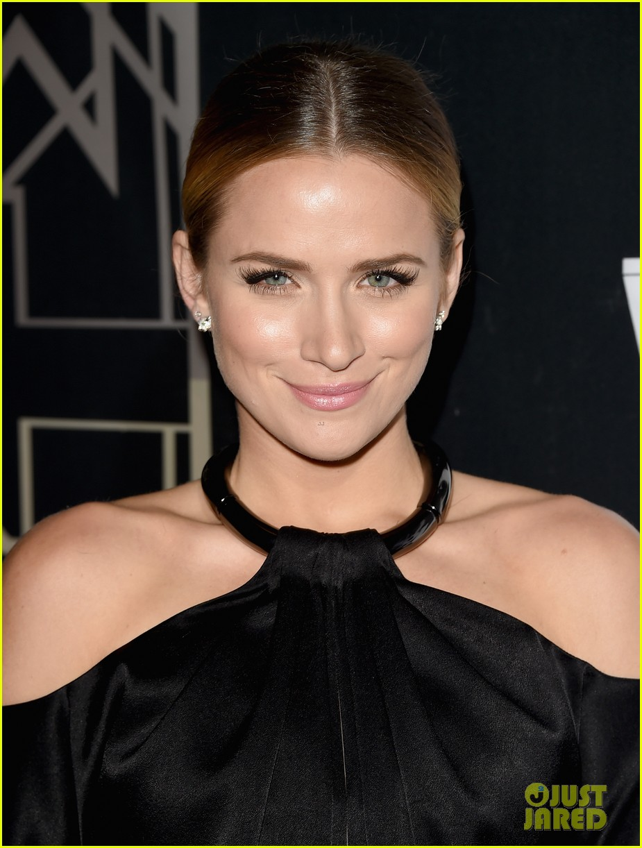 shantel vansanten leaves the gang behind 363097295