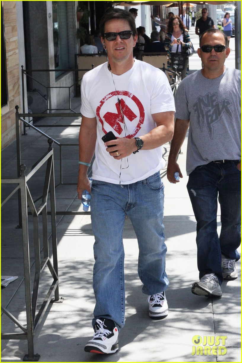 mark wahlberg named in a lawsuit over pain gain character find out why 063097377