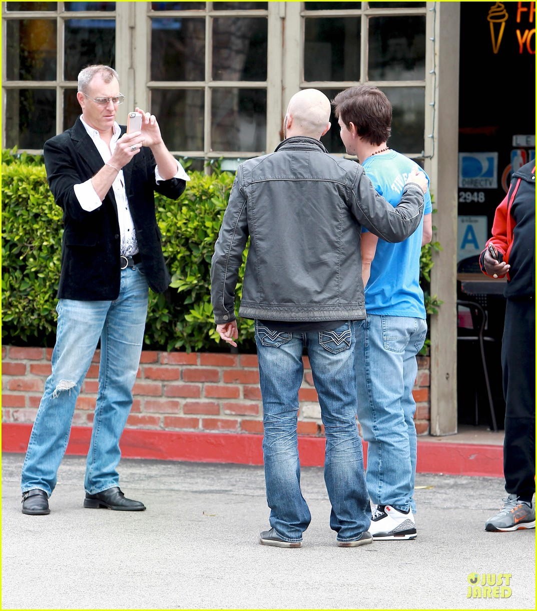 mark wahlberg meets up with jon voight 173099752