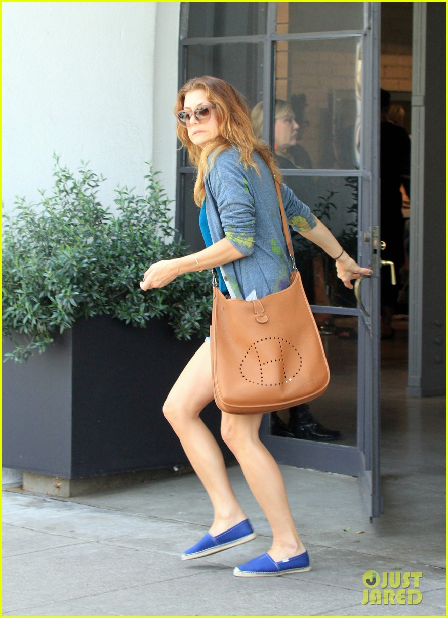 kate walsh says chris case is a cute boyfriend find out why 113095845