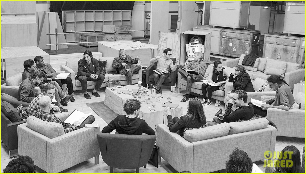 star wars episode vii cast has first table read see the pic 01