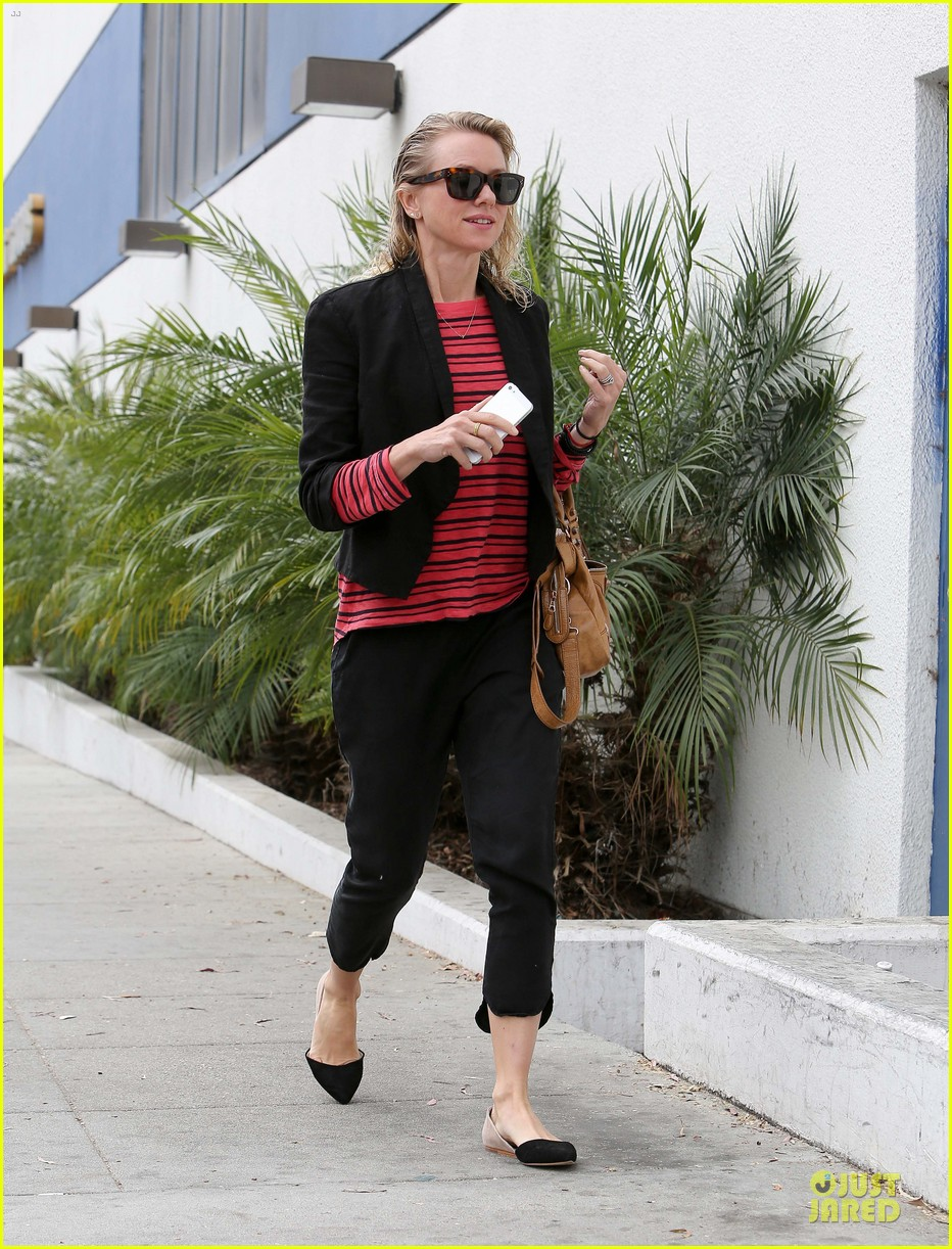 naomi watts style pop with red 023094710