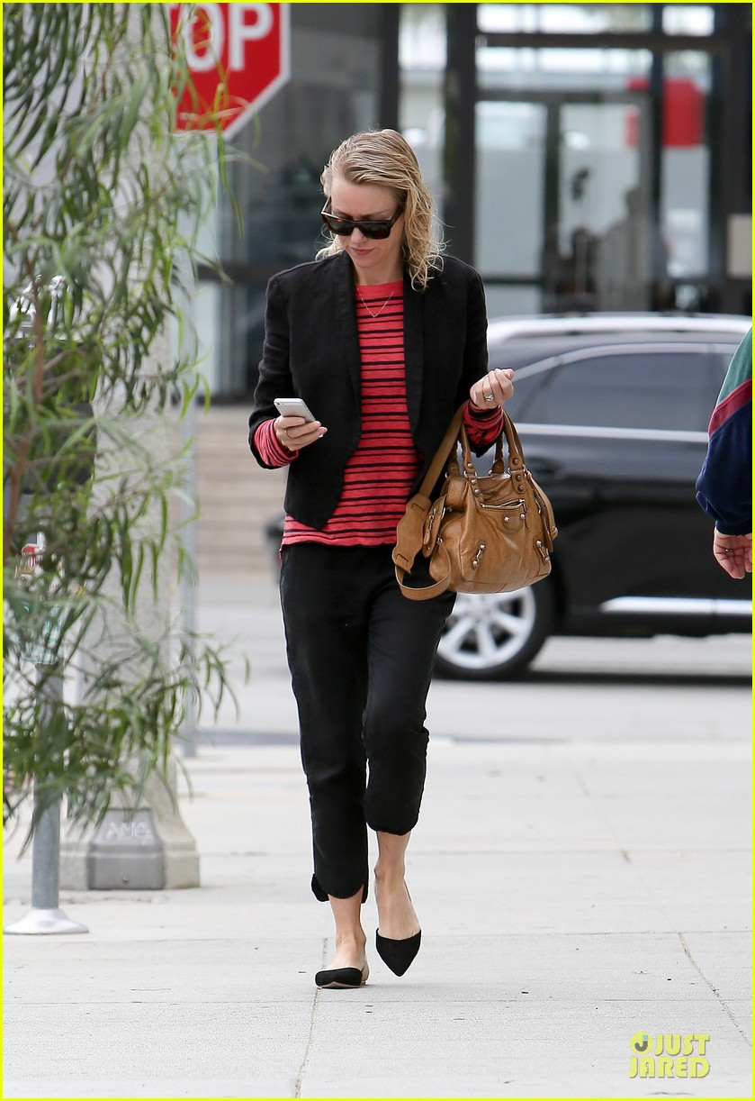 naomi watts style pop with red 103094718