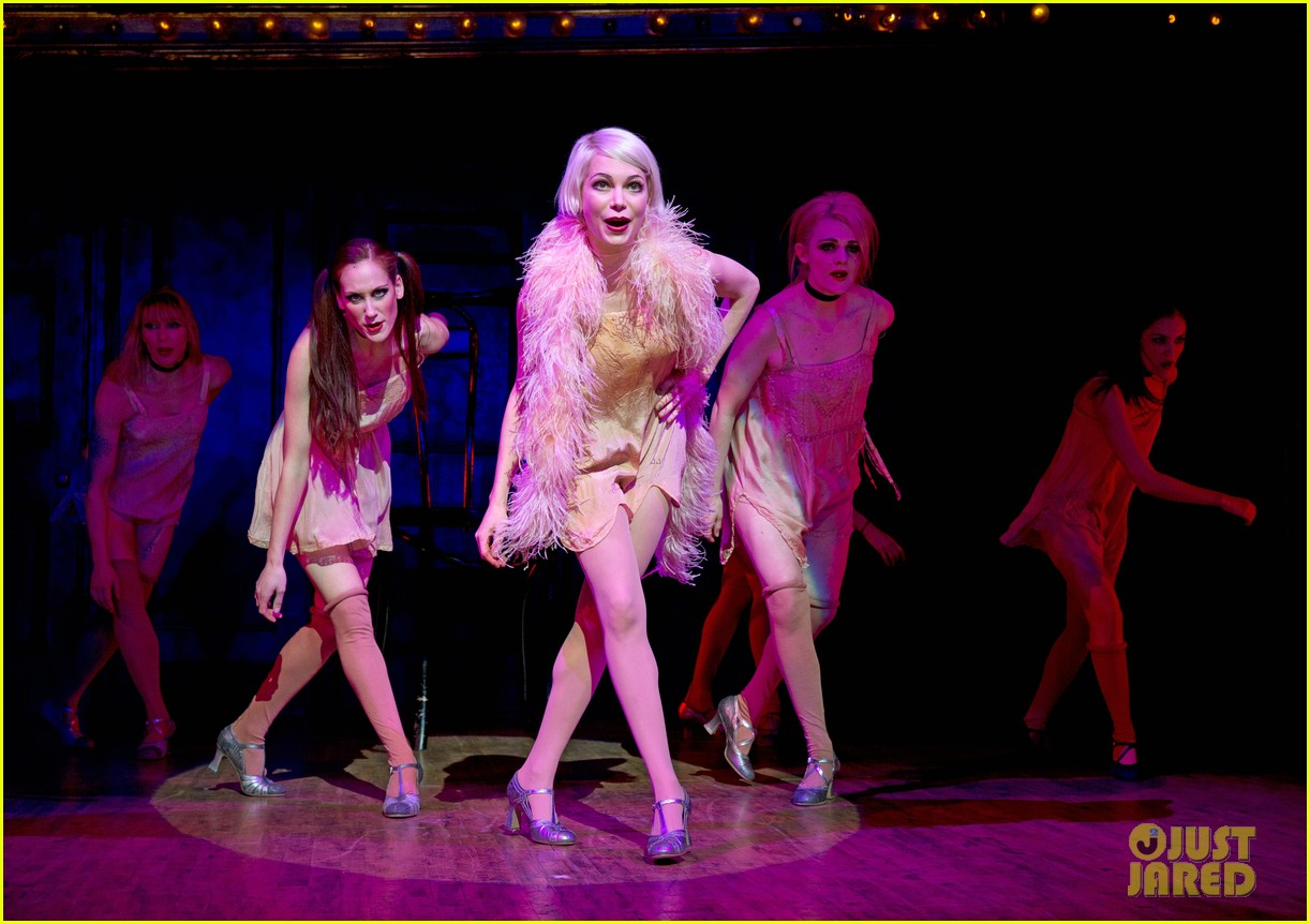 michelle williams dances on broadway new cabaret photos 01