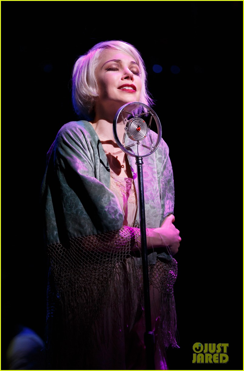 michelle williams dances on broadway new cabaret photos 043084127