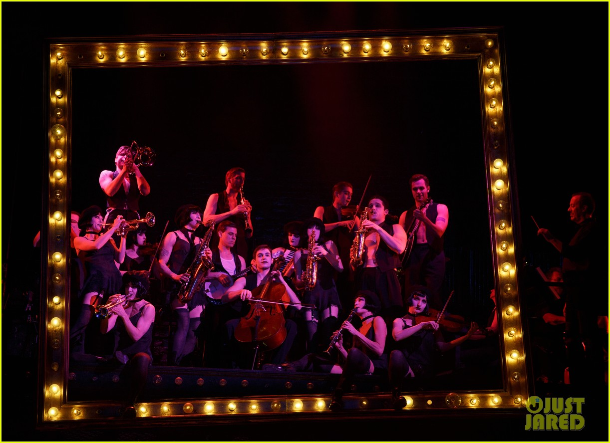 michelle williams dances on broadway new cabaret photos 063084129