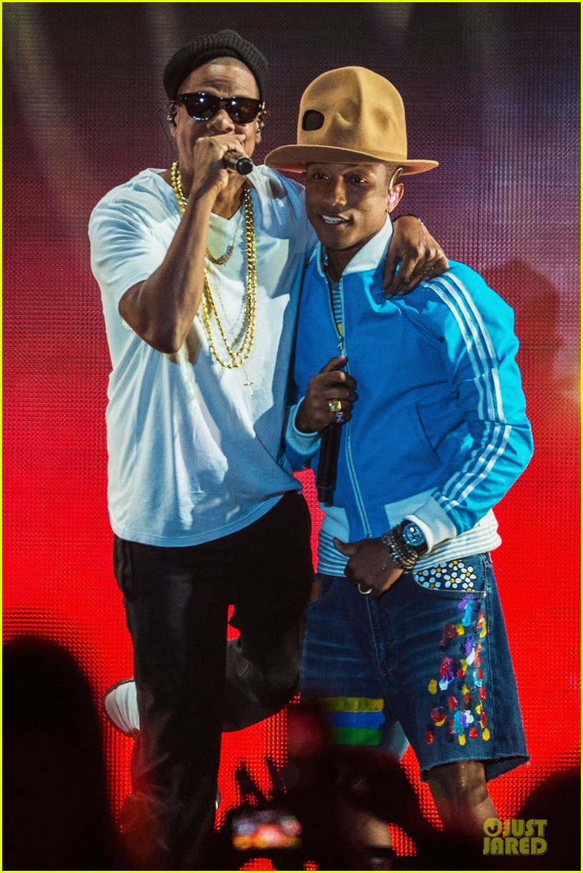 pharrell williams jay z perform at coachella watch now 023095979