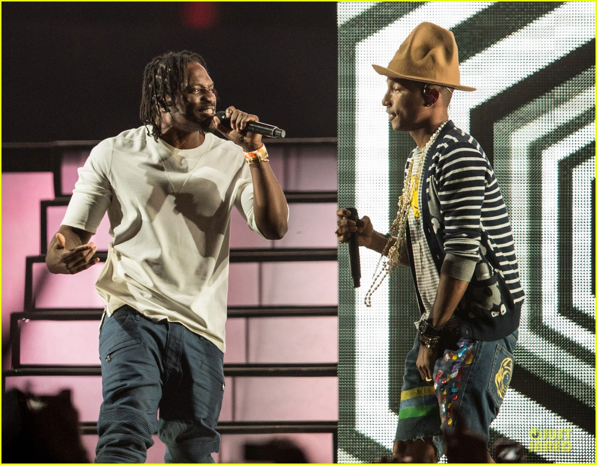 pharrell williams jay z perform at coachella watch now 10