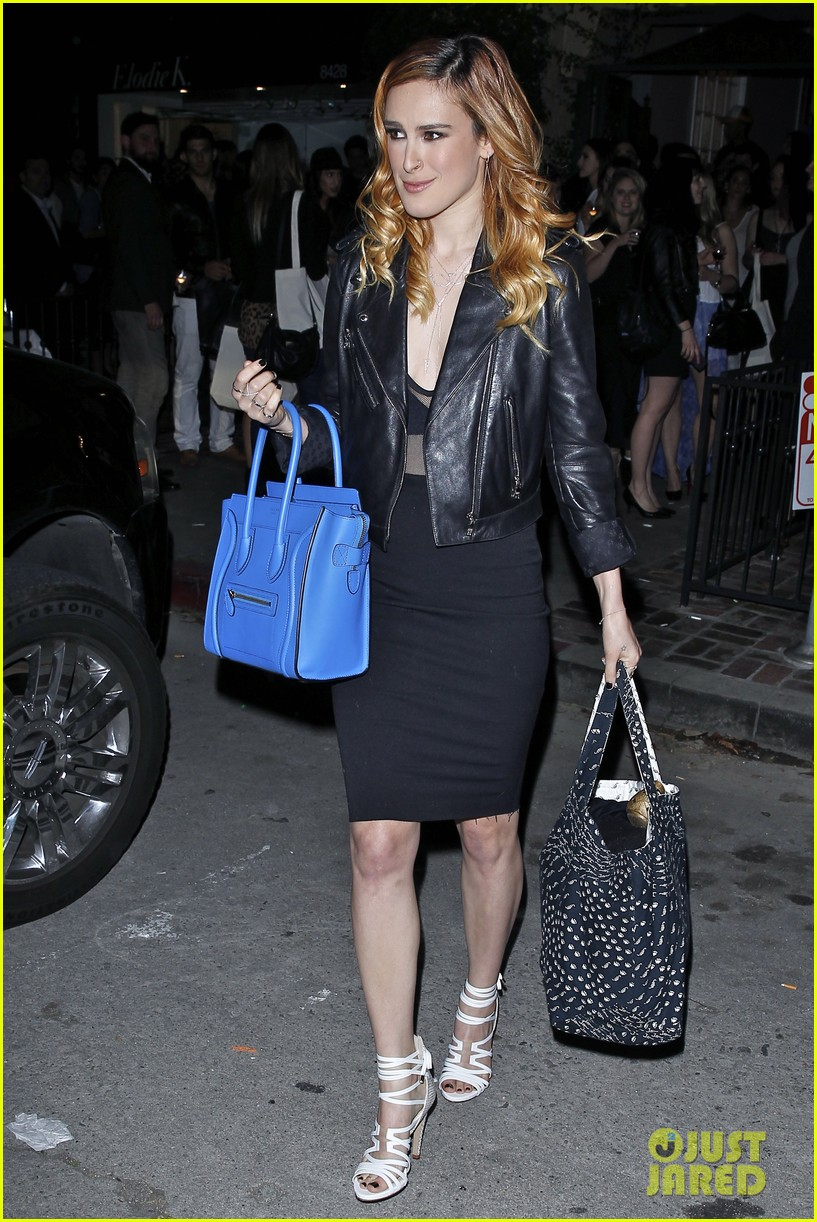 rumer willis supports sister tallulah blog lunch 113085405