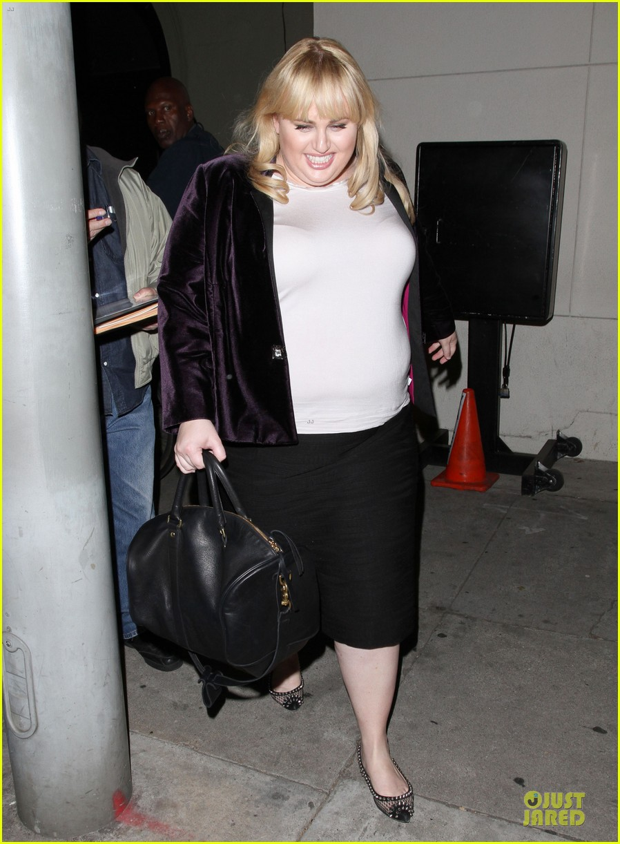 rebel wilson graduate college in pitch perfect 01