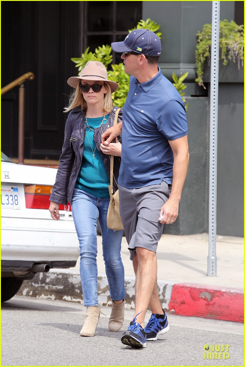 reese witherspoon good friday with jim toth 063094754