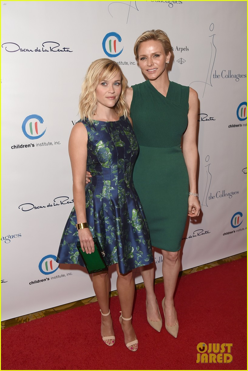 reese witherspoon mingles with a princess 083101669