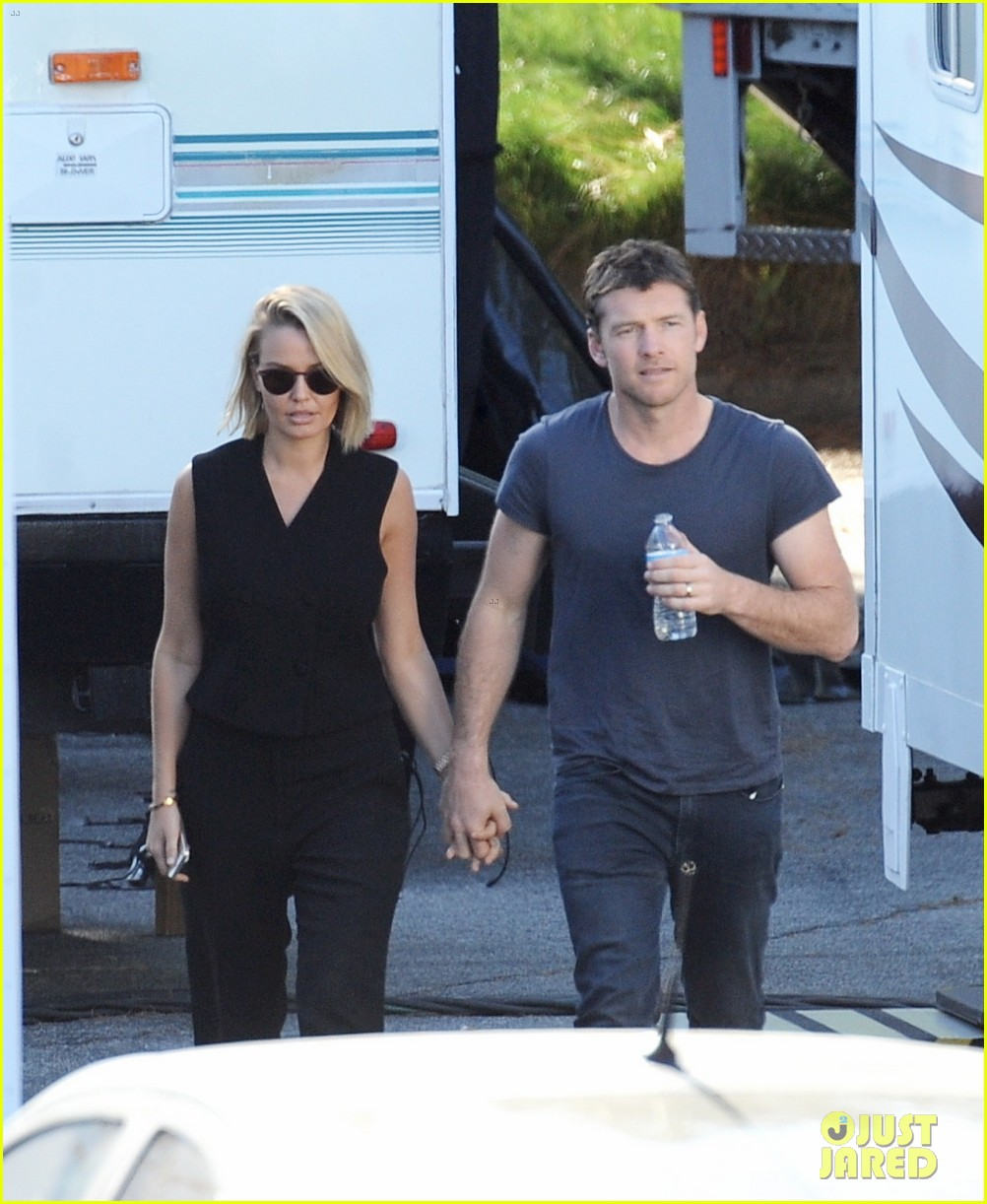 sam worthington visit from lara bingle on cake set 093090906