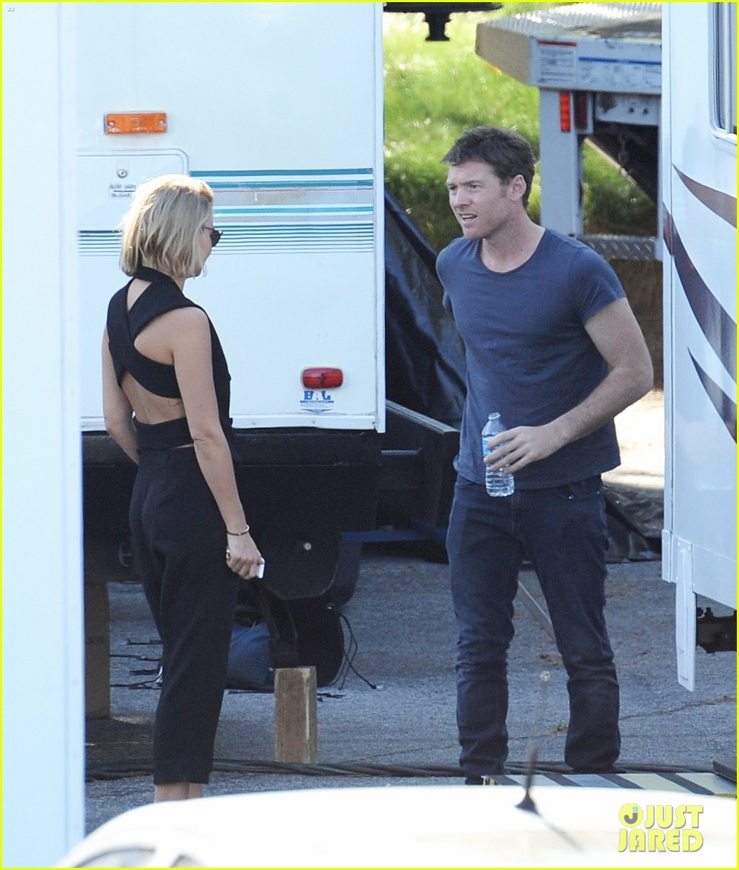 sam worthington visit from lara bingle on cake set 123090909