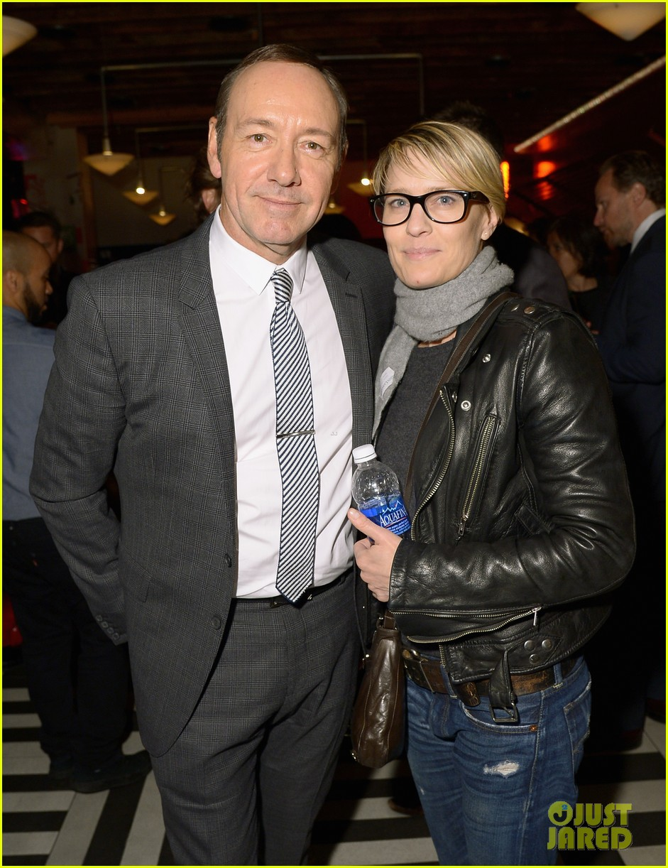 robin wright kevin spacey get in a house of cards reunion at tribeca film festival 043096661