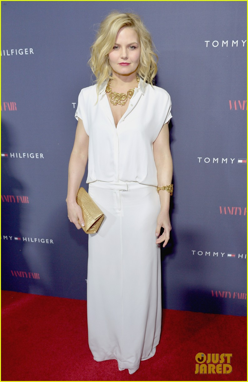 celebs step out to support zooey deschanel clothing line 013088205