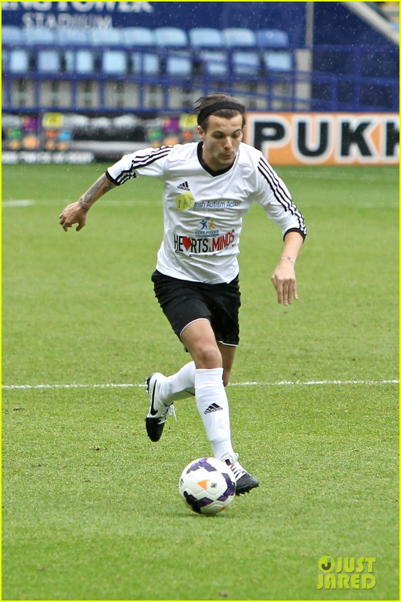 one direction charity soccer game irish autism action 013122455