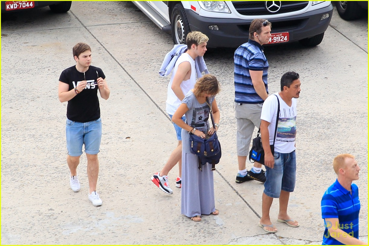 one direction visit christ redeemer statue 183107909