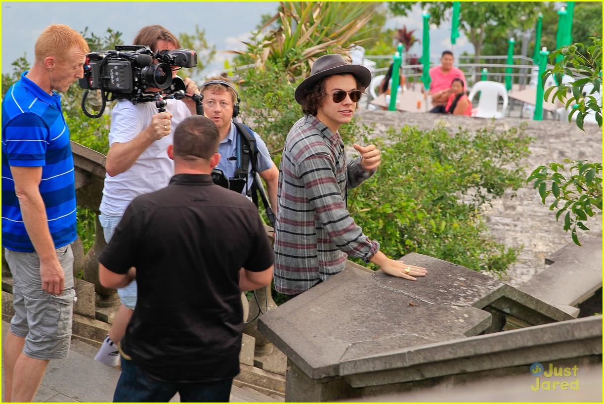one direction visit christ redeemer statue 303107921