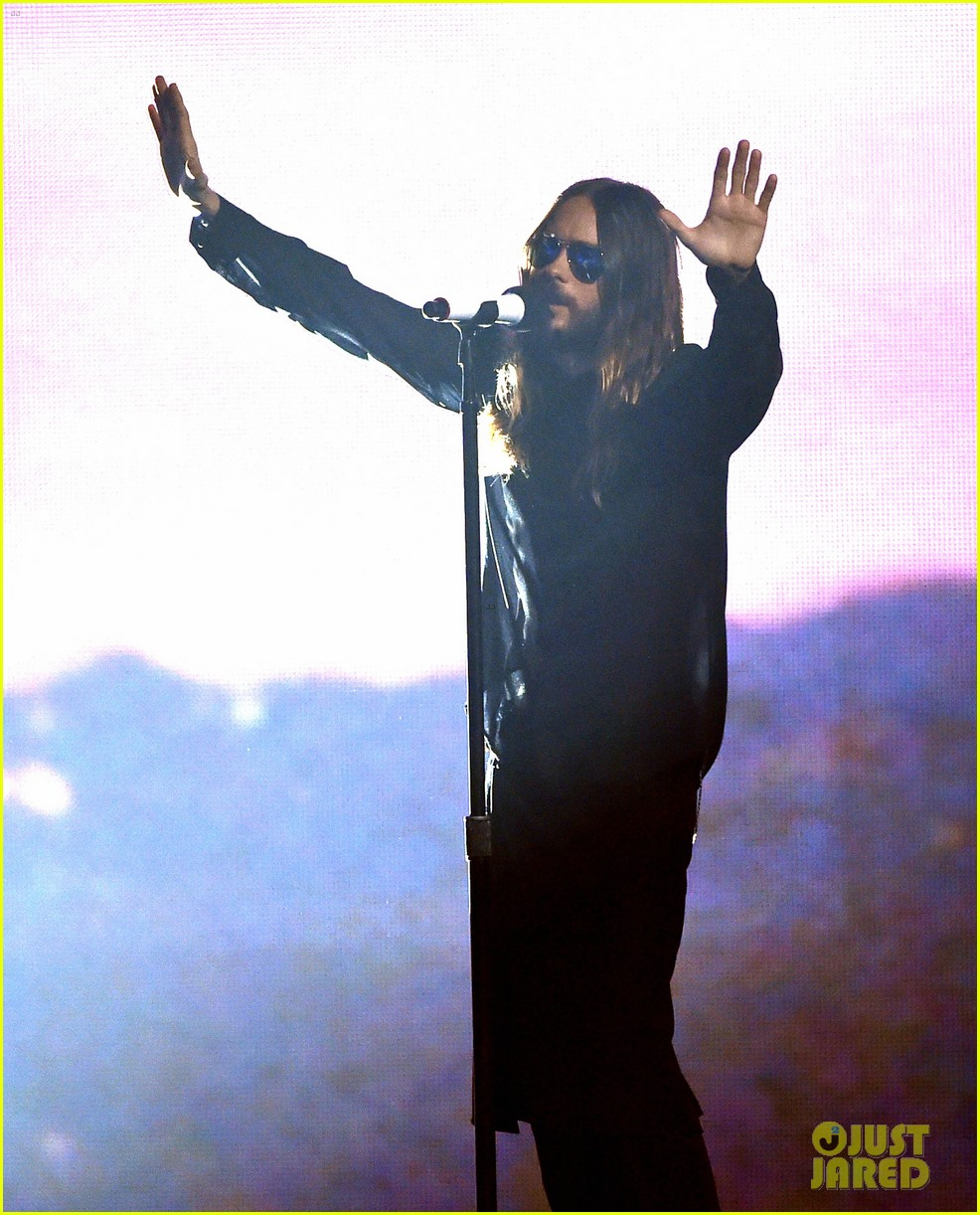 30 seconds to mars perform city of angels iheartradio 013103501