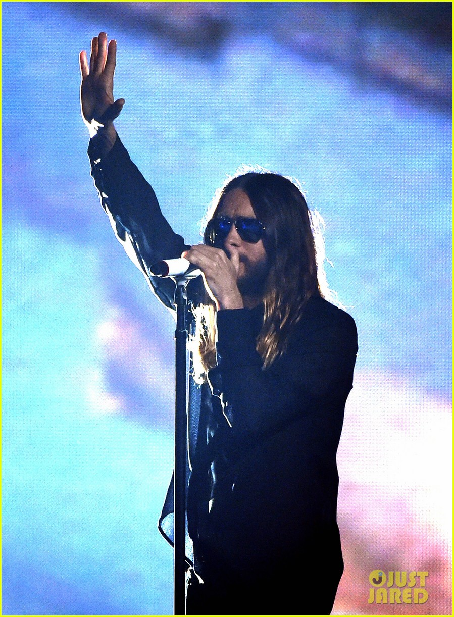 30 seconds to mars perform city of angels iheartradio 02