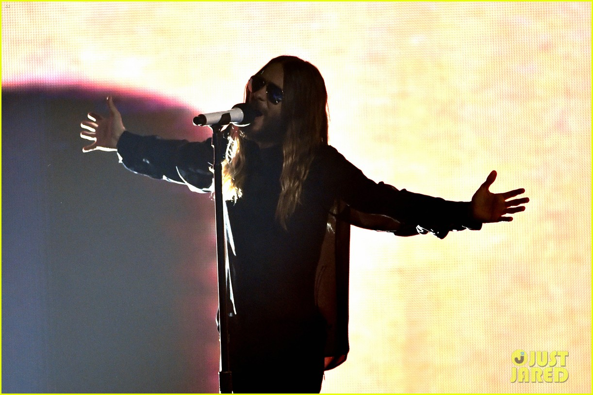 30 seconds to mars perform city of angels iheartradio 063103506