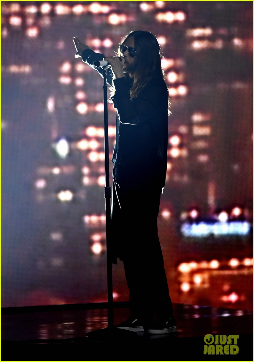 30 seconds to mars perform city of angels iheartradio 103103510