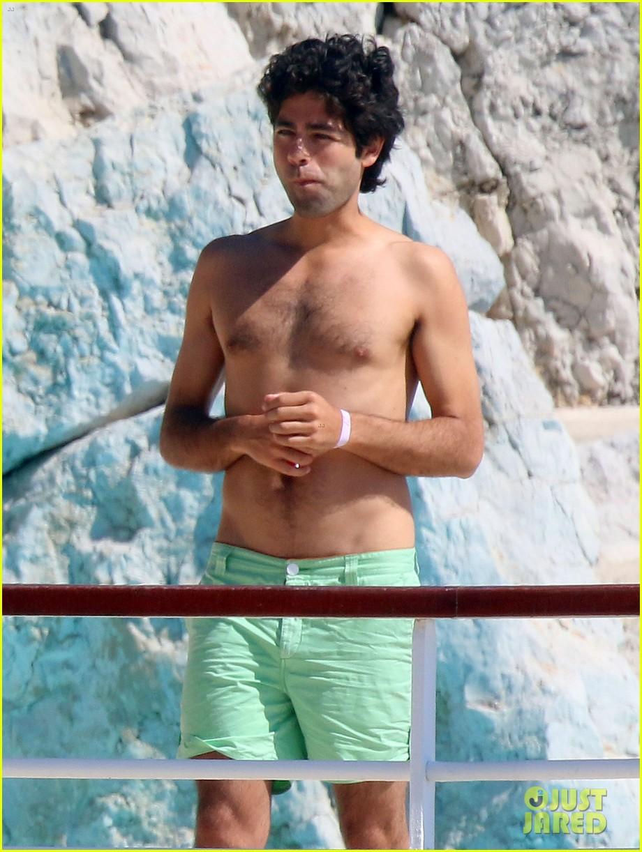 adrian grenier shirtless pool bikini babes 043121972