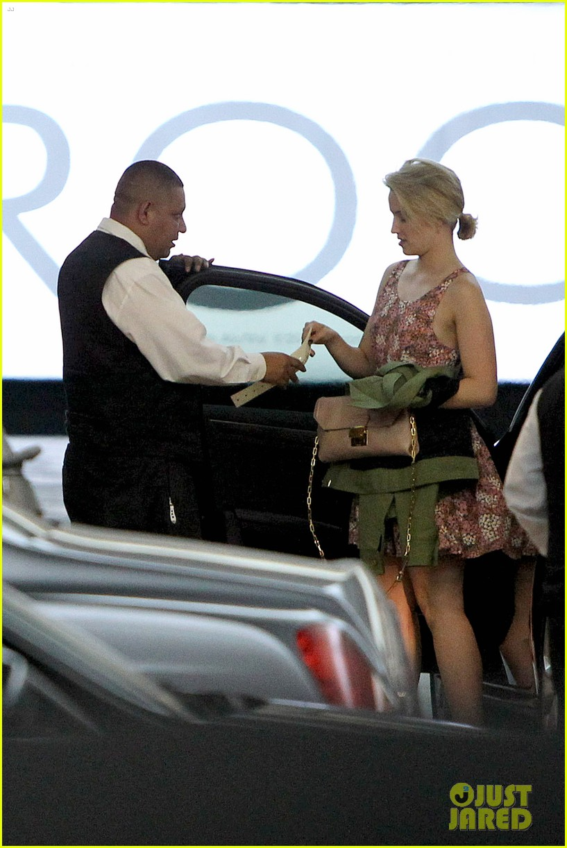 dianna agron braves los angeles heat lunch 093113616