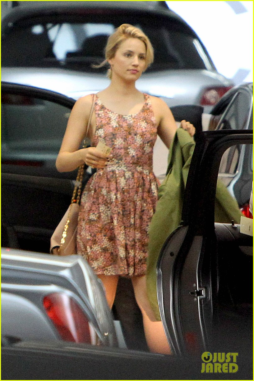 dianna agron braves los angeles heat lunch 13