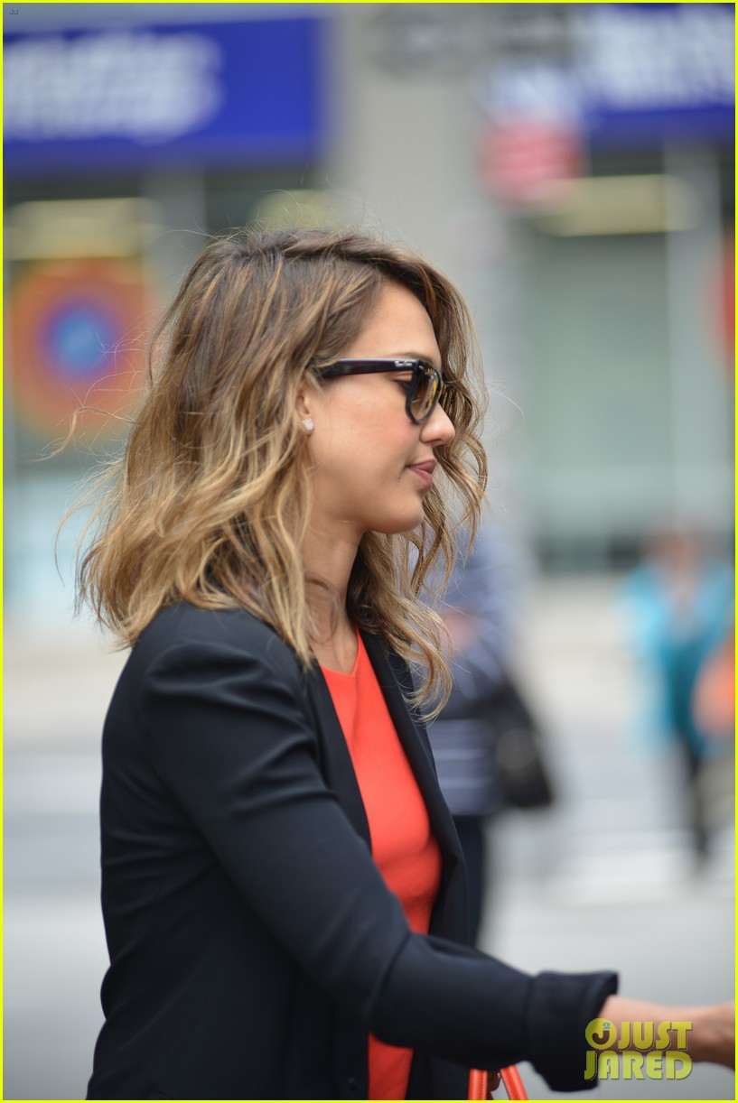 jessica alba health issues inspired the honest company 043108379