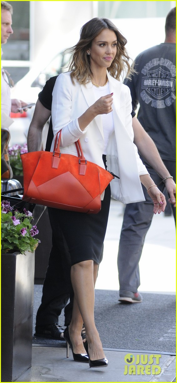 jessica alba hits new york for the social innovation summit 2014 053124527