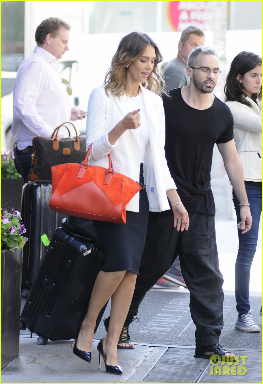 jessica alba hits new york for the social innovation summit 2014 073124529