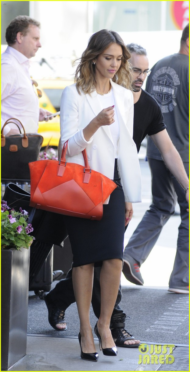 jessica alba hits new york for the social innovation summit 2014 083124530