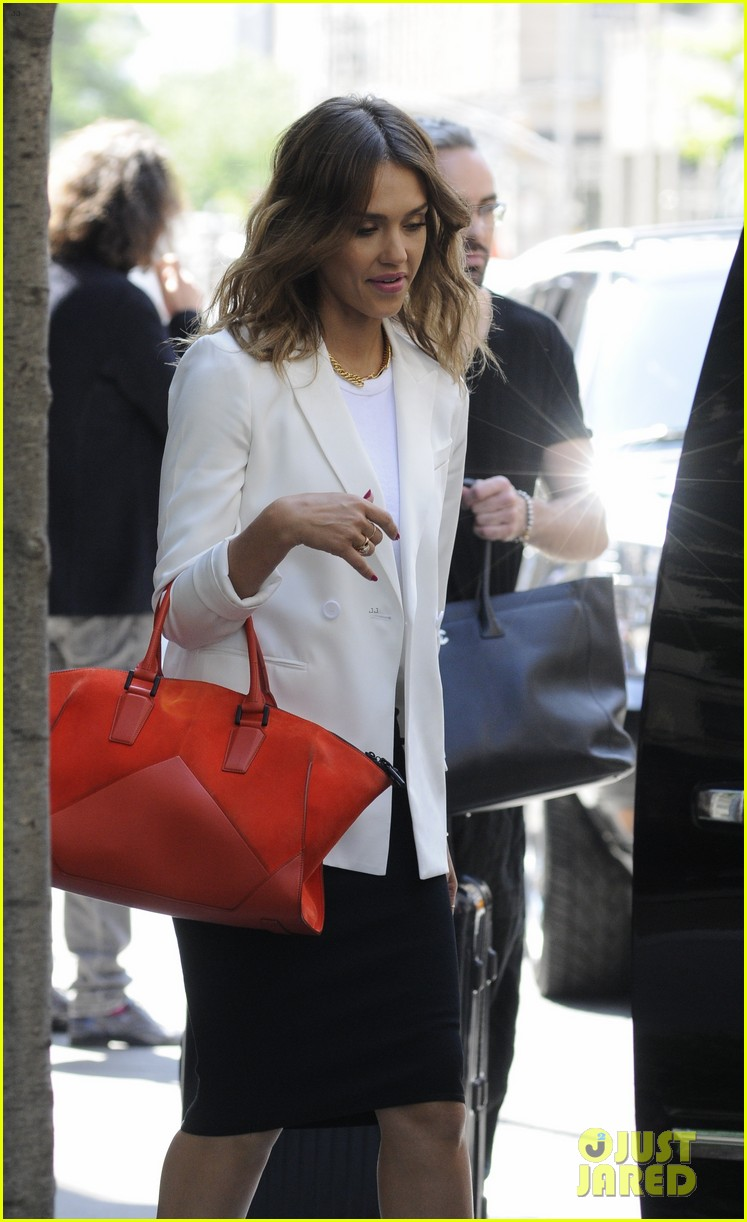 jessica alba hits new york for the social innovation summit 2014 09
