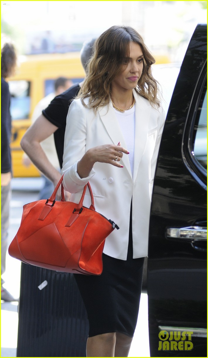 jessica alba hits new york for the social innovation summit 2014 103124532