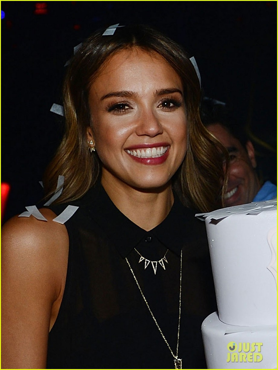 jessica alba belated birthday party in las vegas 043110377