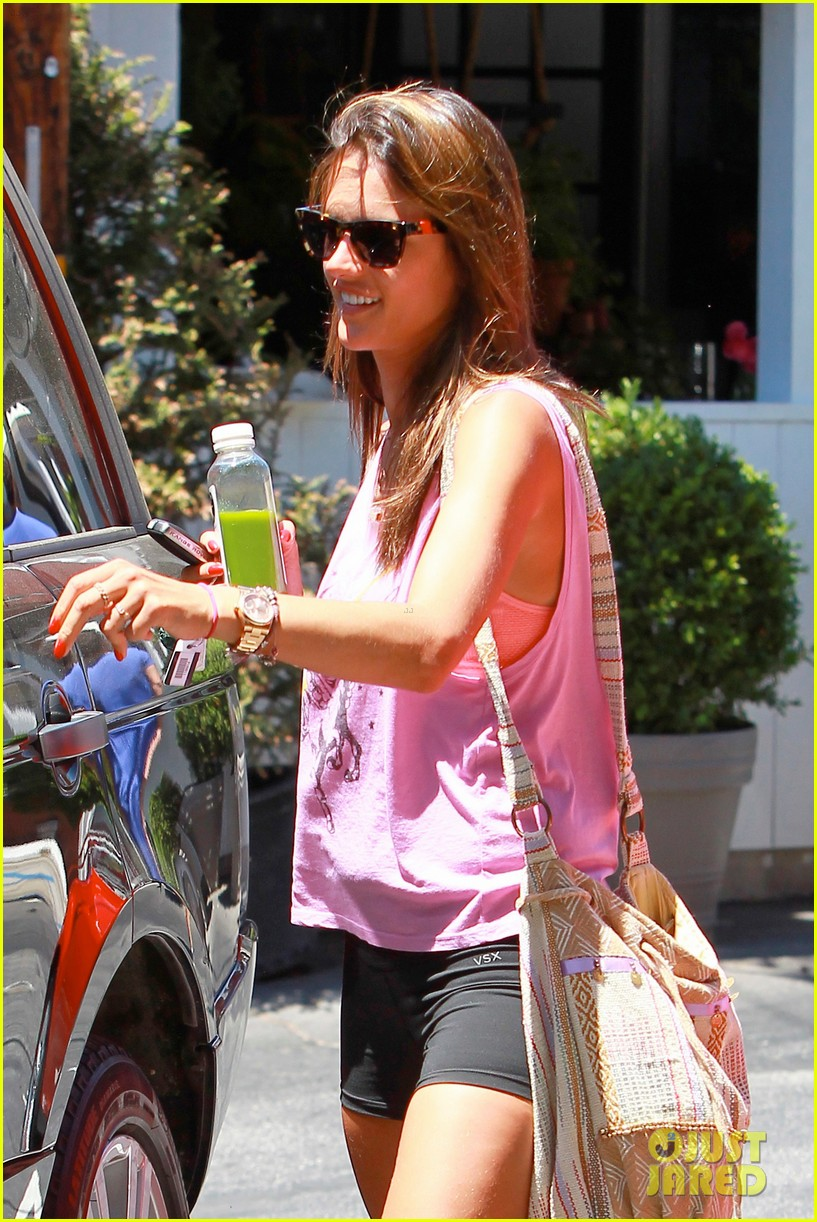 alessandra ambrosio shows off her super long legs in spandex shorts 213111256