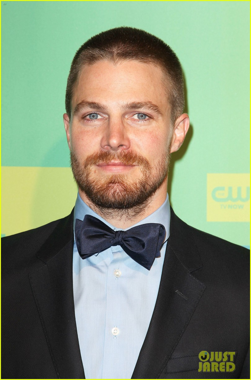 stephen amell katie cassidy arrow cw upfronts 2014 04