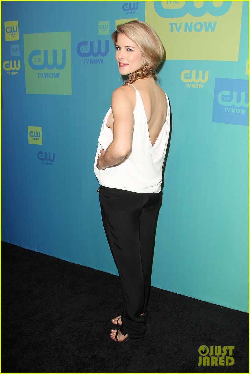 stephen amell katie cassidy arrow cw upfronts 2014 093114261