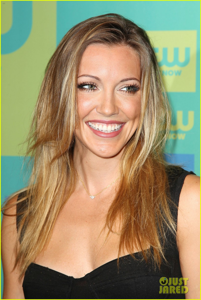 stephen amell katie cassidy arrow cw upfronts 2014 17