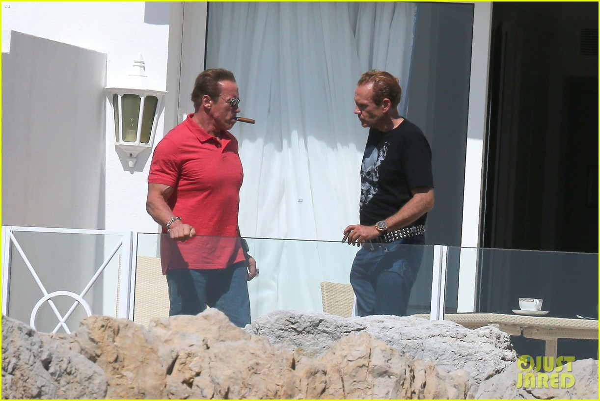 arnold schwarzenegger shirtless buff cannes 073117251