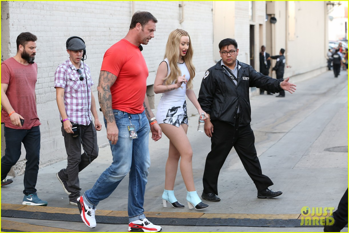 iggy azalea translates performs fancy on jimmy kimmel live 033114968