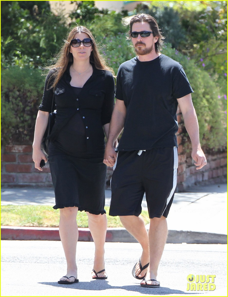 christian bale pregnant wife sibi hold hands 233119703