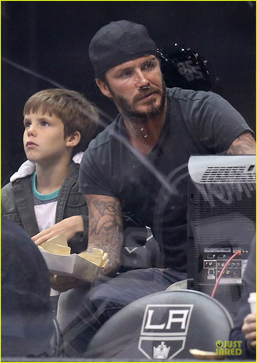david beckham intense cheering for la kings 02