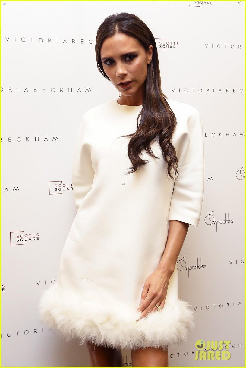 victoria beckham goes white hot for on pedder singapore 02