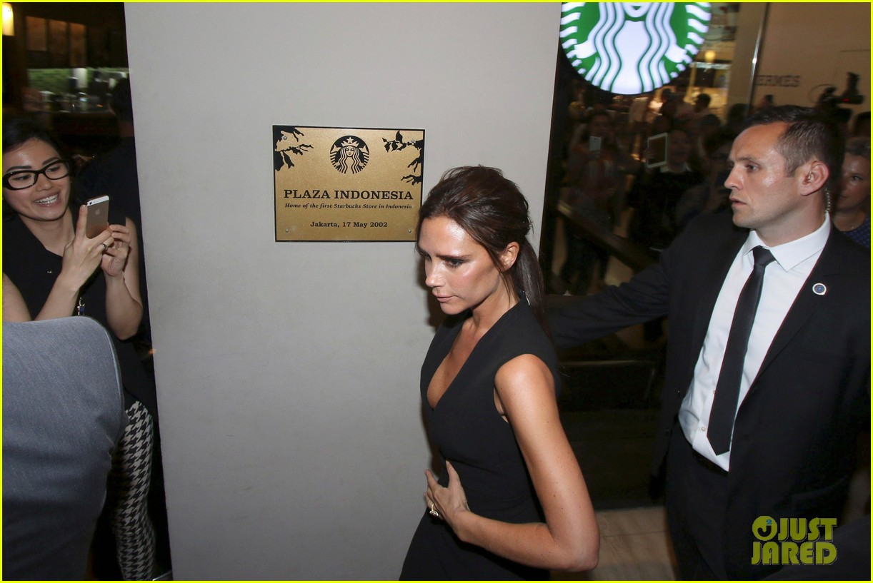 victoria david beckham spend time on separate continents 063112531