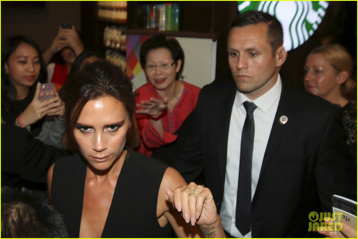 victoria david beckham spend time on separate continents 073112532